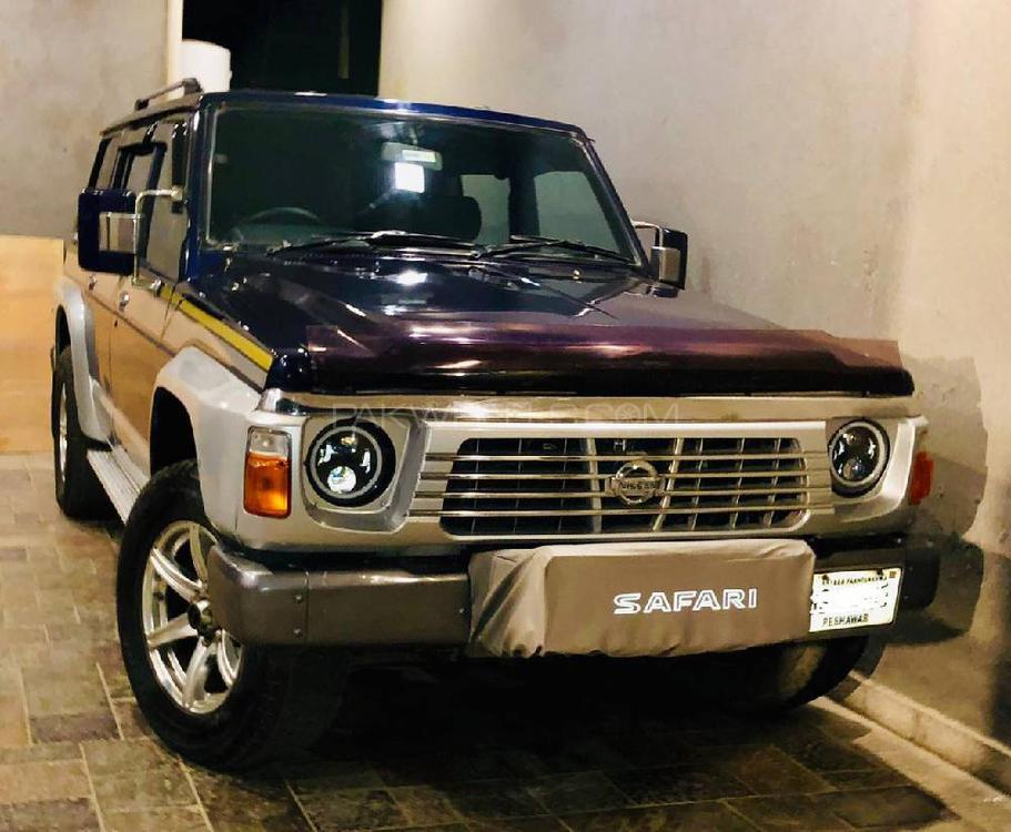 Nissan Safari 1989 Image-1