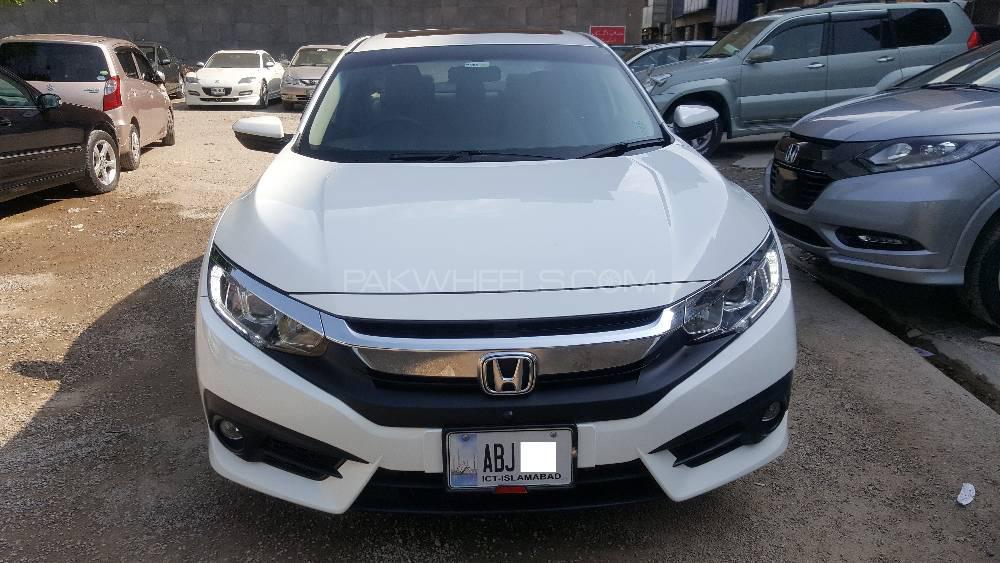 Honda Civic VTi Oriel Prosmatec 1.8 i-VTEC 2017 Image-1