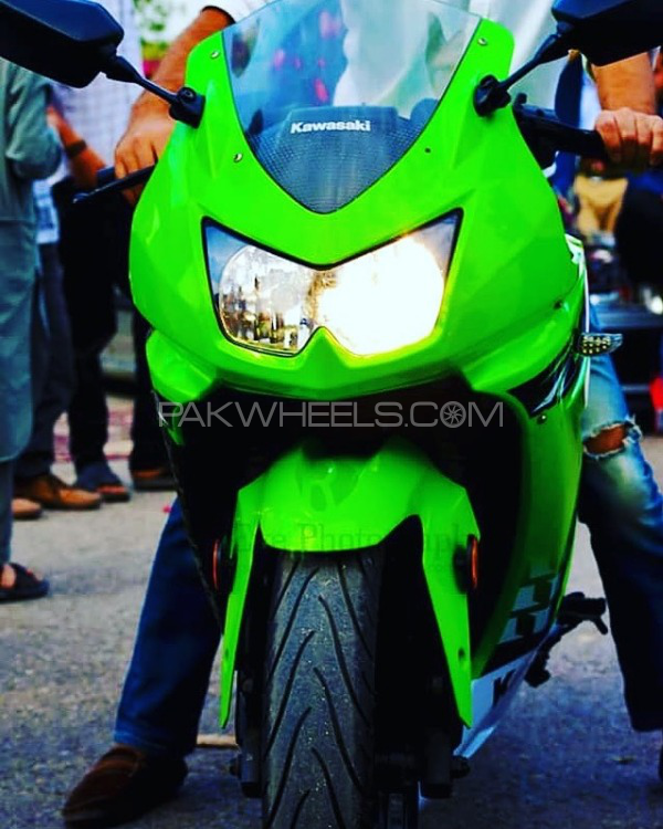 Kawasaki Ninja 250R - 2010  Image-1