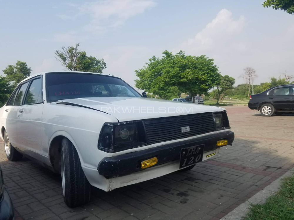 Nissan 120 Y - 1981  Image-1