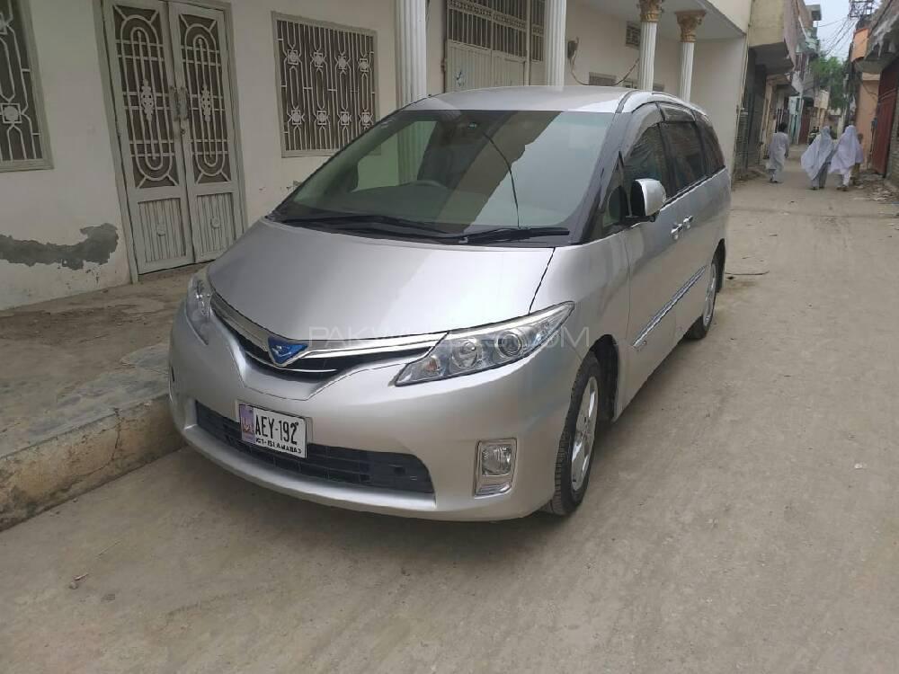 Toyota Estima Hybrid 2014 Image-1