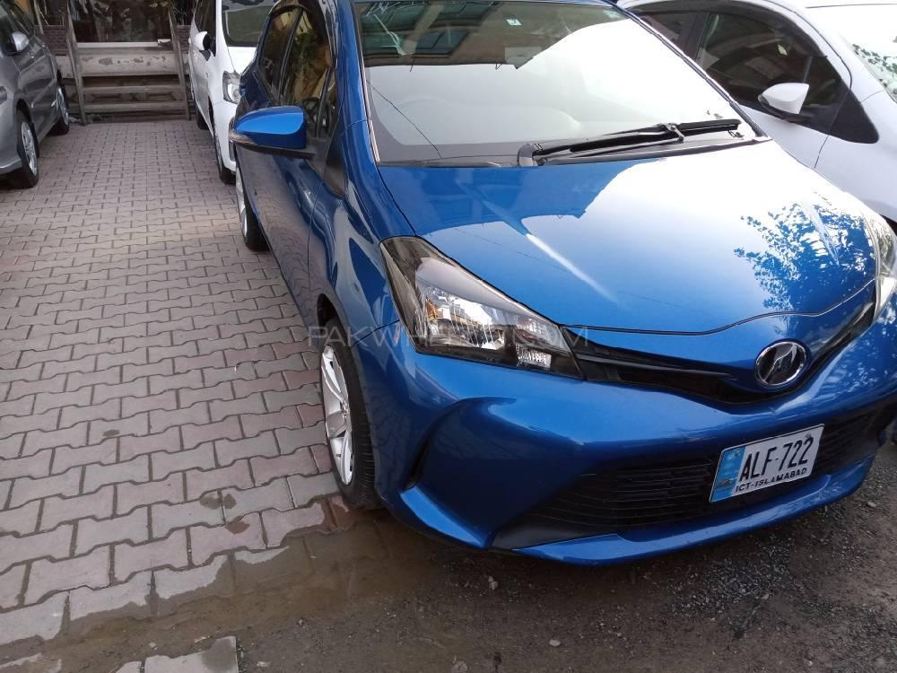 Toyota Vitz F Intelligent Package 1.0 2015 Image-1