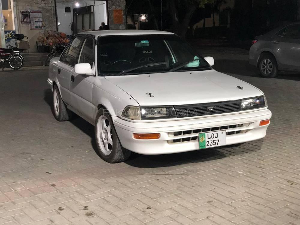 Toyota Corolla SE 1989 Image-1