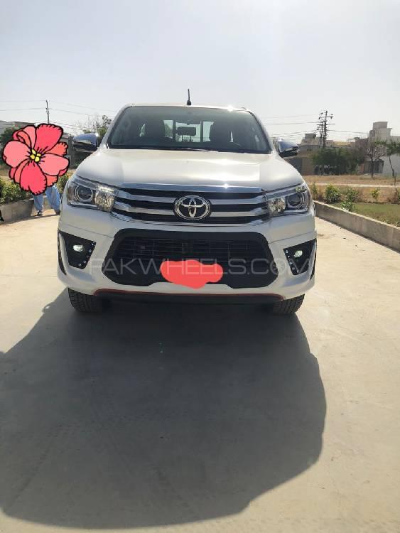 Toyota Hilux Revo G Automatic 2.8 2018 Image-1