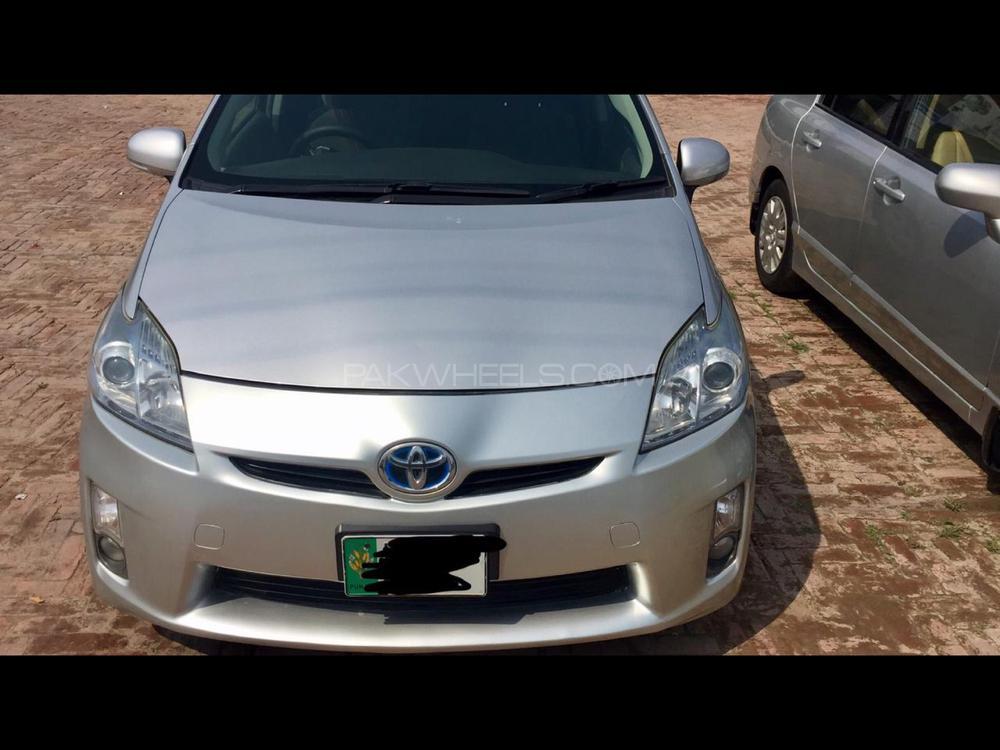 Toyota Prius S LED Edition 1.8 2011 Image-1