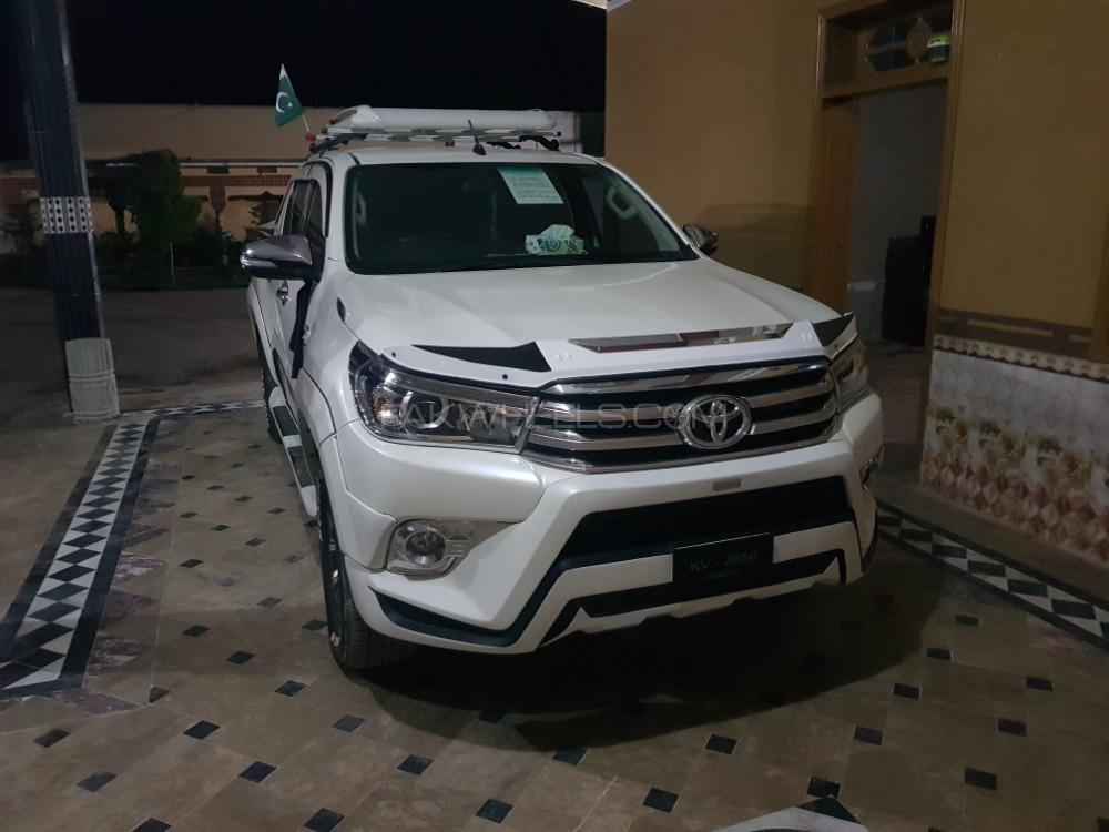 Toyota Hilux 2016 Image-1