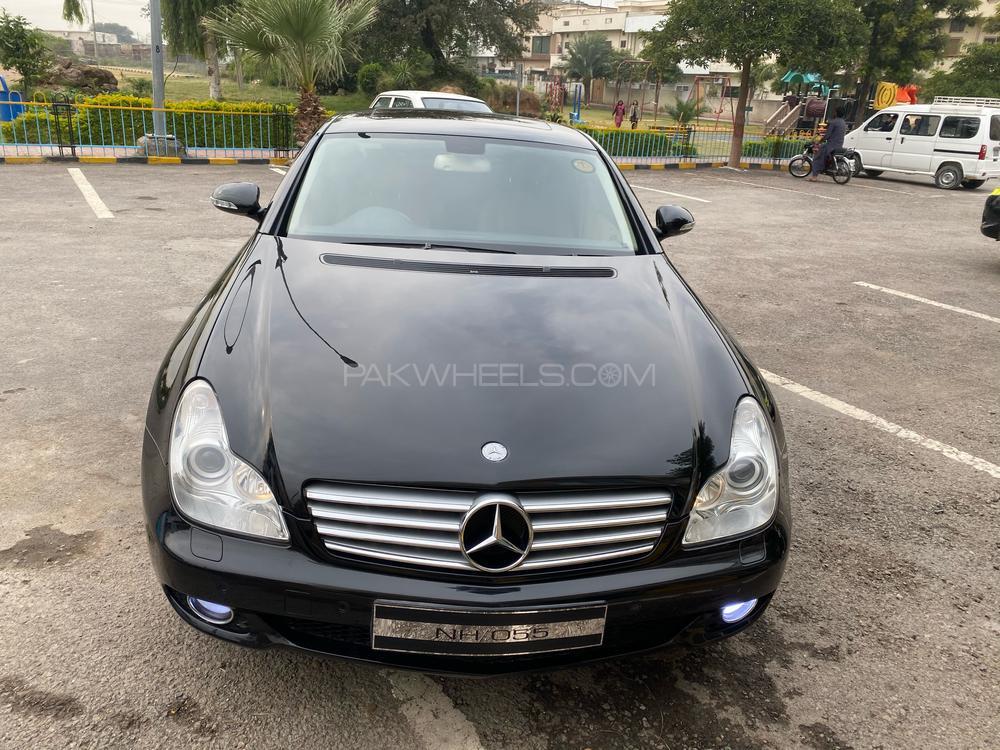 Mercedes Benz CLS Class CLS500 2005 Image-1