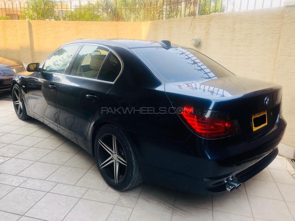 BMW 5 Series 530i 2005 Image-1