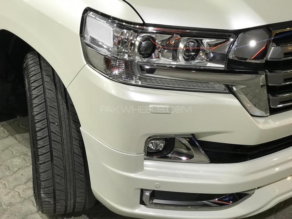 Toyota Land Cruiser ZX 2018 Image-1