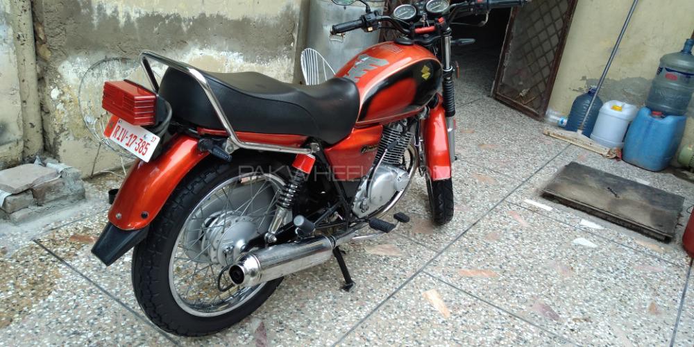 Suzuki GS 150 - 2012  Image-1