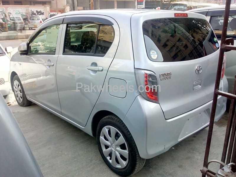Toyota Pixis 2012 Image-8