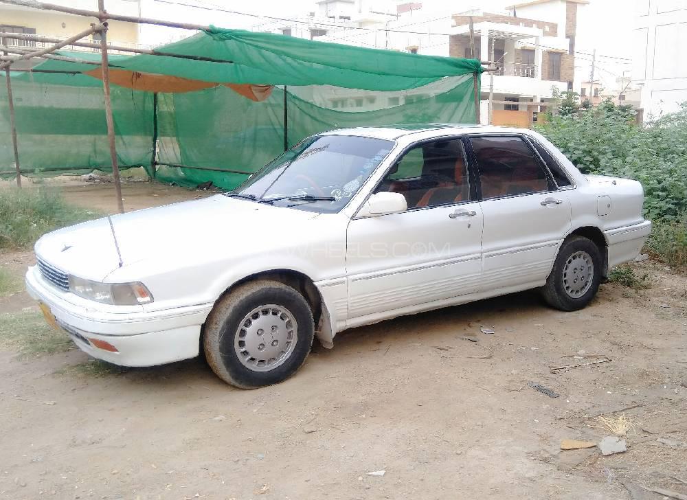 Mitsubishi Galant 1.6 GLX 1990 Image-1