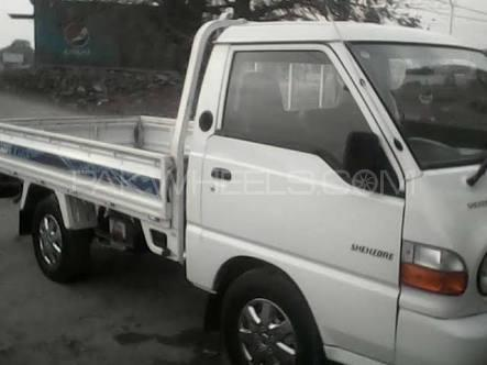 Hyundai Shehzore Pickup H-100 (With Deck and Side Wall) 2006 Image-1