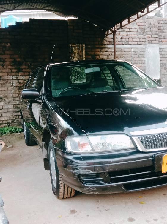 Nissan Sunny 2000 Image-1