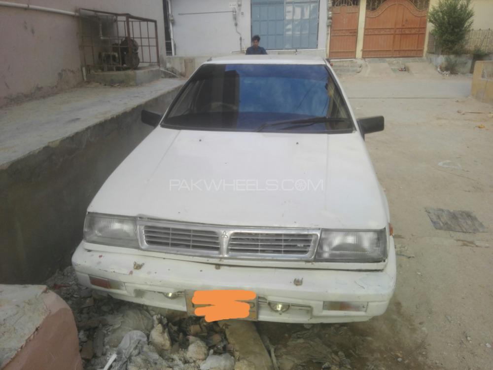 Mitsubishi Lancer 1987 Image-1