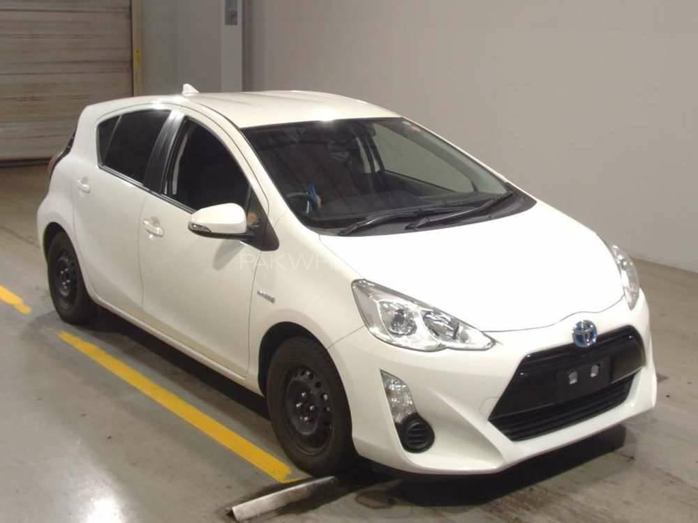 Toyota Aqua - 2015 aqua Image-1