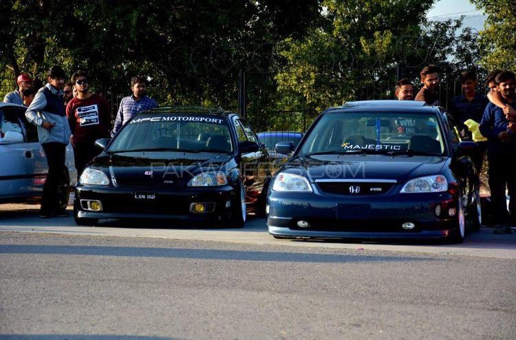 Honda Civic - 2001  Image-1