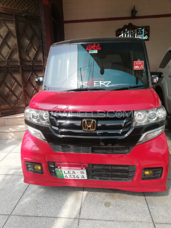 Honda N Box Custom - 2015  Image-1