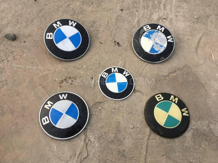 Original BMW Jack and Original Emblems/Logos/Monograms Image-1