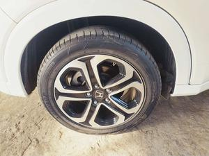 New tires installed recently. Need to sell the car urgently. Driven on petrol throughout. Recently imported. Never got into accident.