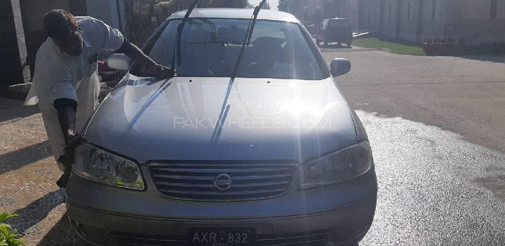 Nissan Sunny Super Saloon Automatic 1.6 2009 Image-1