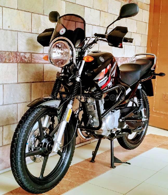 Yamaha YBR 125G - 2017 YBR125G Image-1