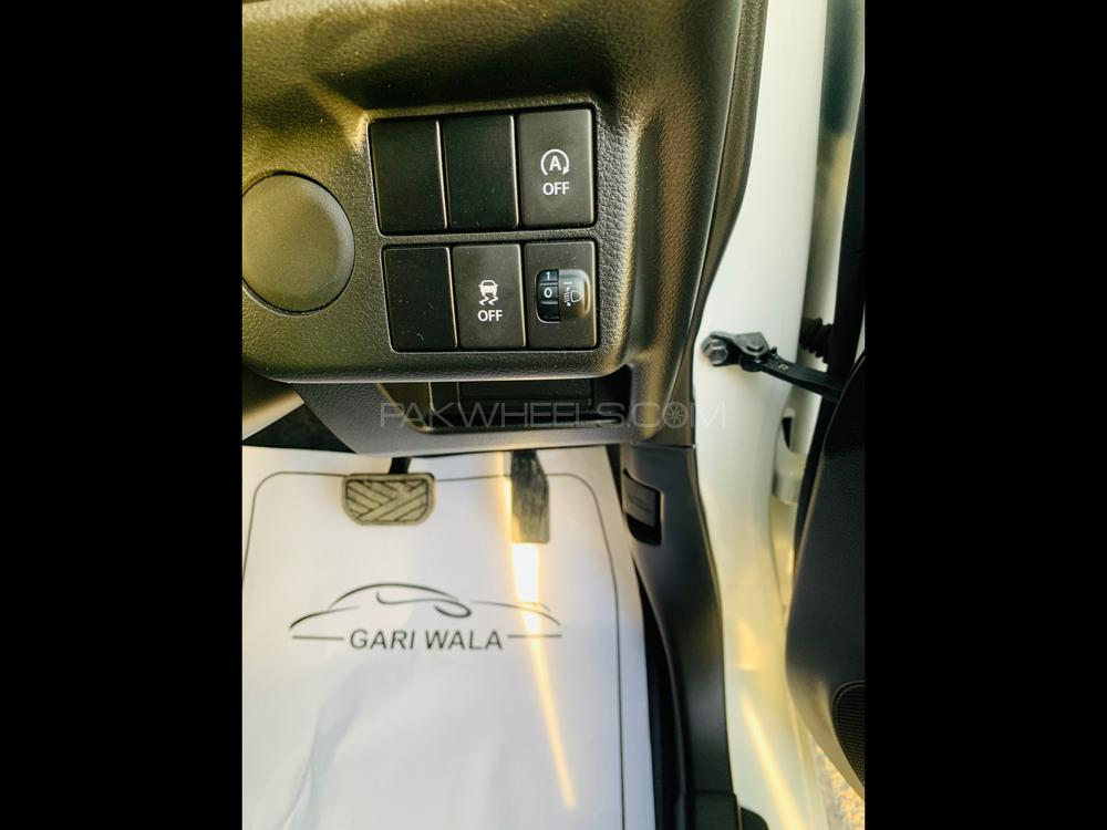 ®GARIWALA® Suzuki Alto (JAPANESE), 660C.c, Petrol Super White, L-Package, Model 2016, Fresh cleared/import 2020, Original 14000 K.M ( Verifiable )(0-meter), eNe-charge Technology, Air-Conditioning, Original Smart Key Central Locking, Original Japanese Brand New Tyres,  Traction Control, Heated Seat,  Power Steering, Complete Power Windows,  Safety Air-Bags,  Original CD-Player( Japanese fitted),