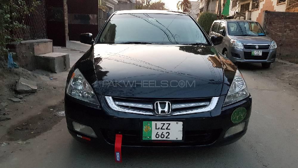 Honda Accord VTi 2.4 2005 Image-1