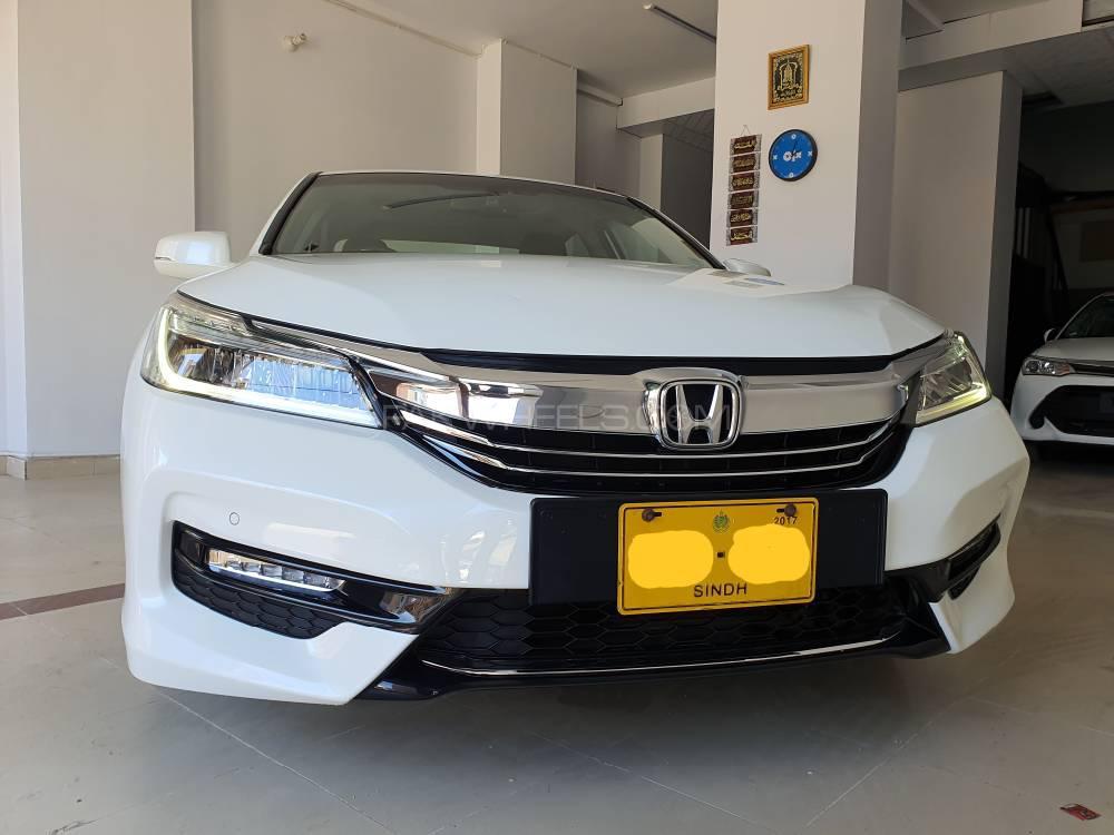 Honda Accord VTi 2.4 2017 Image-1