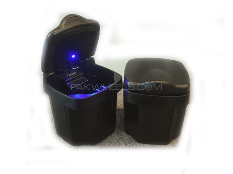 Universal Portable Plastic Square Ashtray Holder Cup Black Image-1