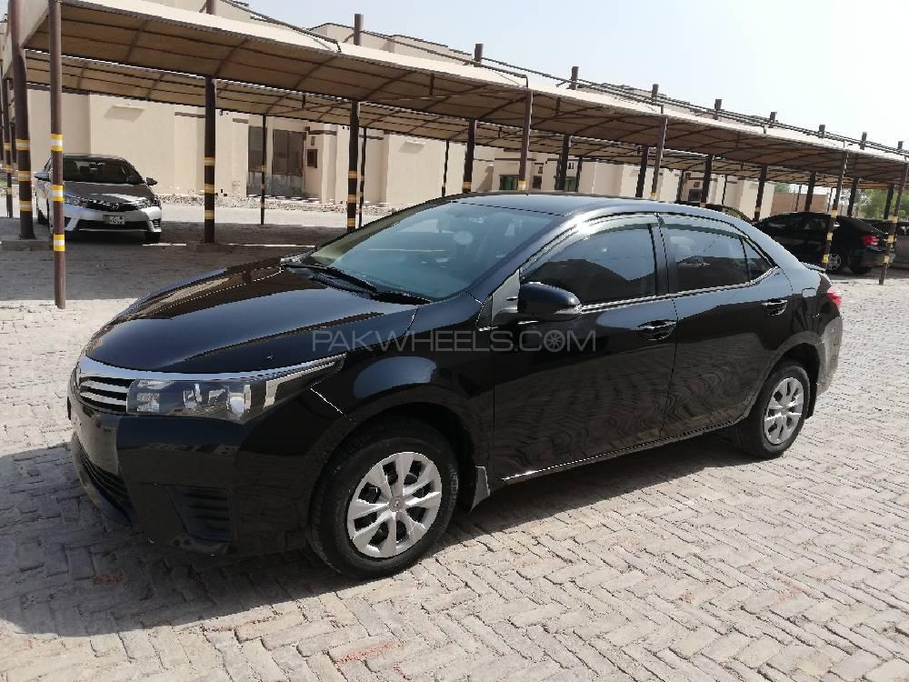 Toyota Corolla - 2015 Toyota Corolla GLi Image-1