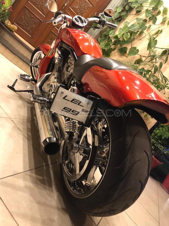 Harley Davidson V-Rod Muscle - 2013  Image-1