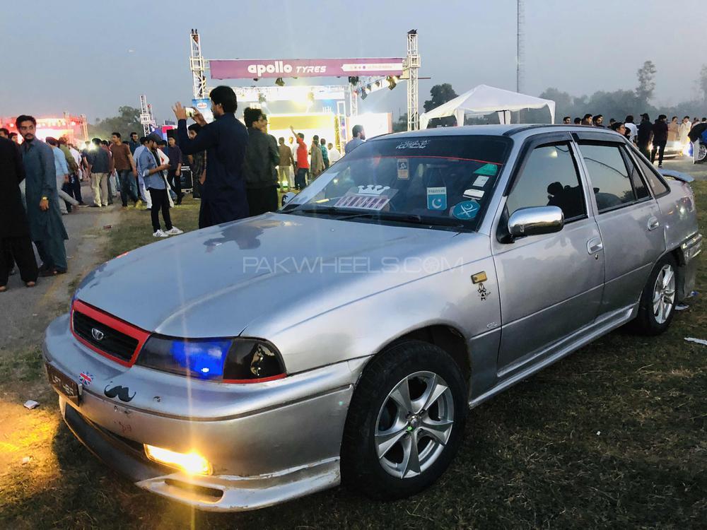 Daewoo Cielo - 1993 economical sports car Image-1
