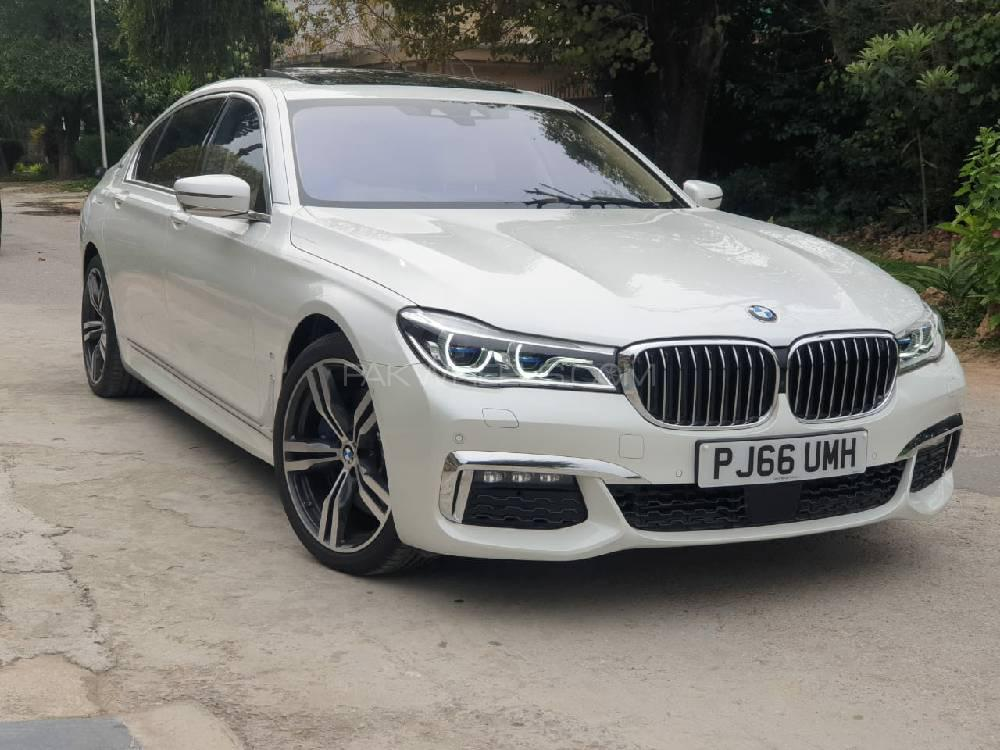 BMW 7 Series 740 Le xDrive 2016 Image-1
