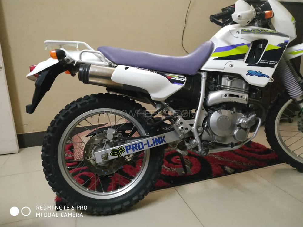 Honda CRF 250L - 2000  Image-1