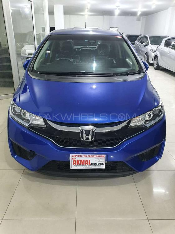 Honda Fit 1.5 Hybrid L Package 2016 Image-1