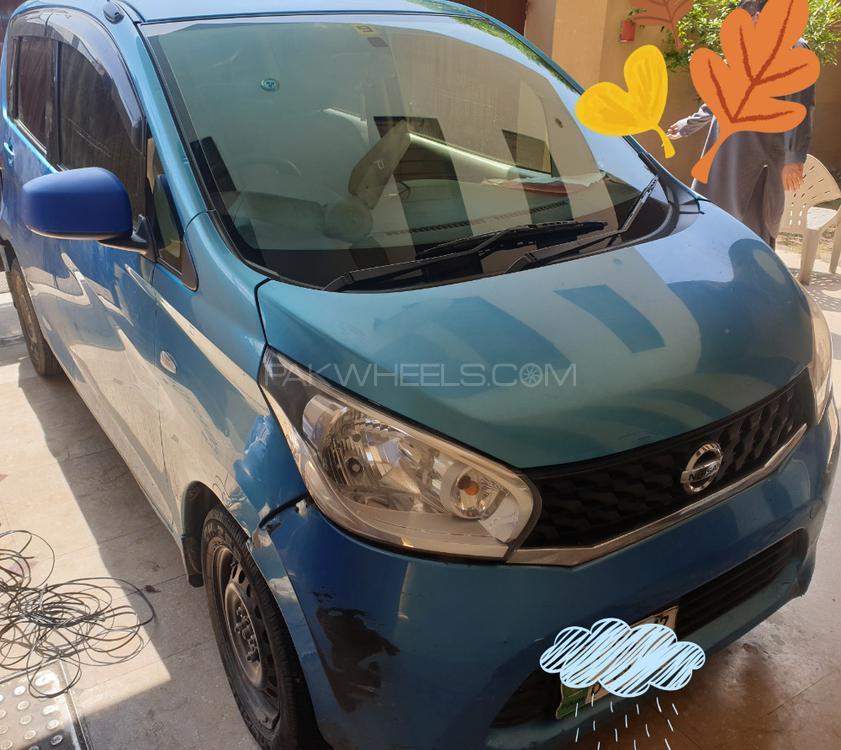 Nissan Dayz J 2013 Image-1