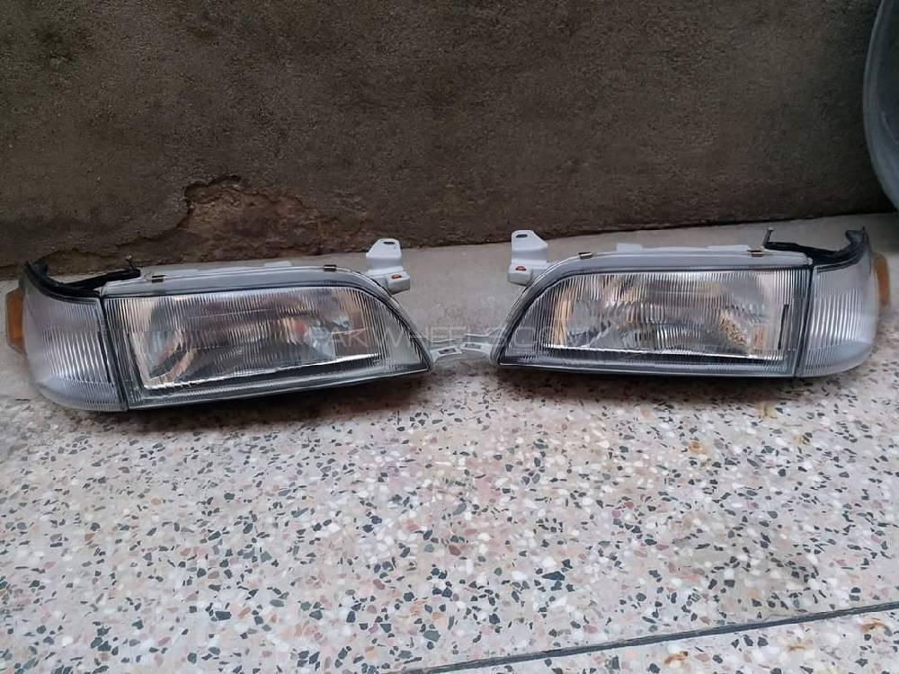 Toyota Corolla 1994 Front Japanese Headlights For Sell Image-1