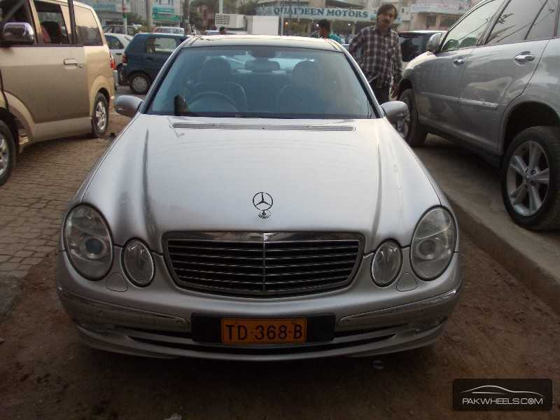 mercedes benz c class 2005 for sale in karachi pakwheels. Black Bedroom Furniture Sets. Home Design Ideas