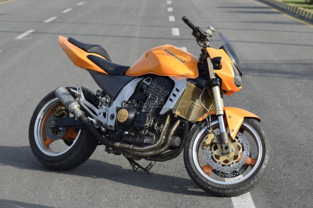 Kawasaki Z1000 - 2006  Image-1