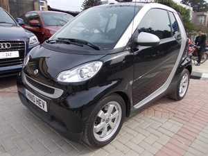 Slide_smart-smart-fortwo-2010-3777770