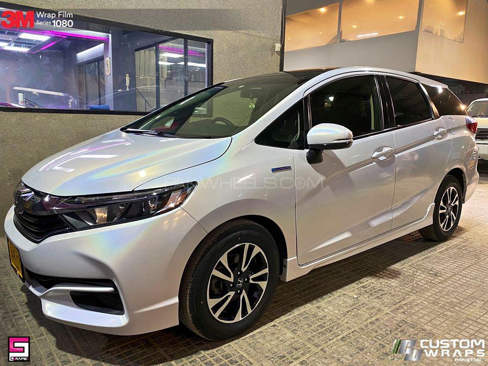 Honda Fit Shuttle Hybrid 2016 for sale in Karachi   PakWheels