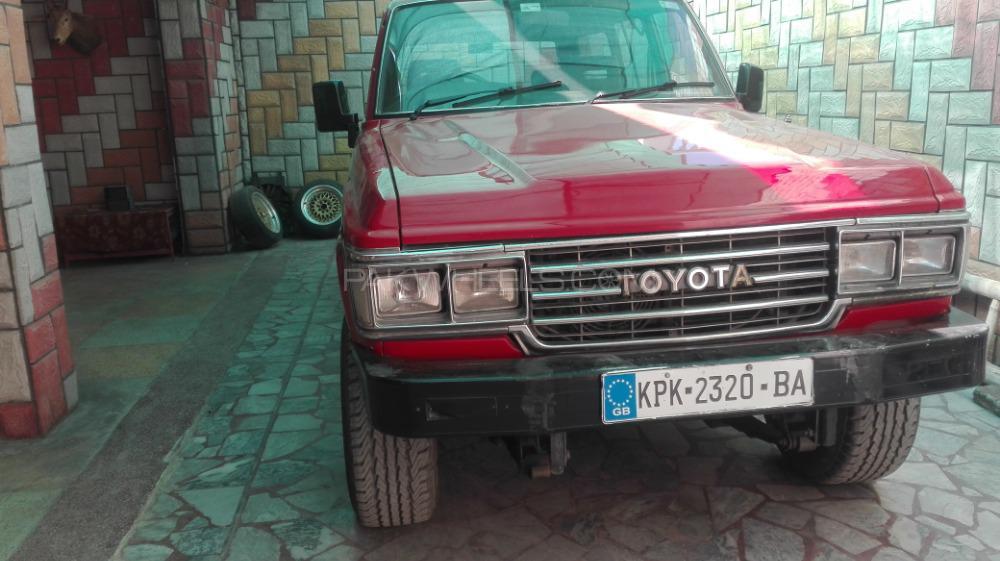 Toyota Land Cruiser 1983 Image-1