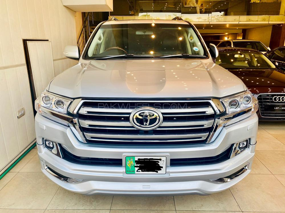 Toyota Land Cruiser 2012 Image-1