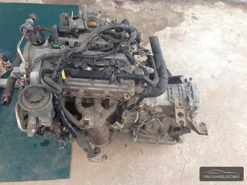 toyota vitz engine for sale for sale in peshawar parts accessories 966792 pakwheels. Black Bedroom Furniture Sets. Home Design Ideas