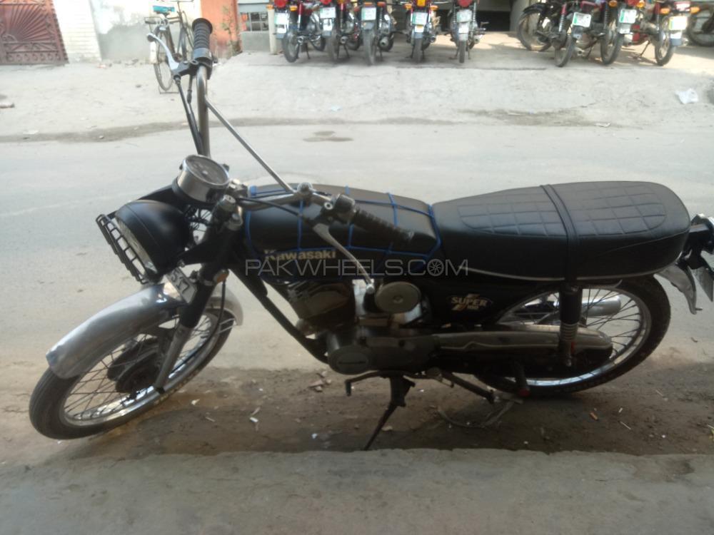 Kawasaki KX100 - 1983  Image-1