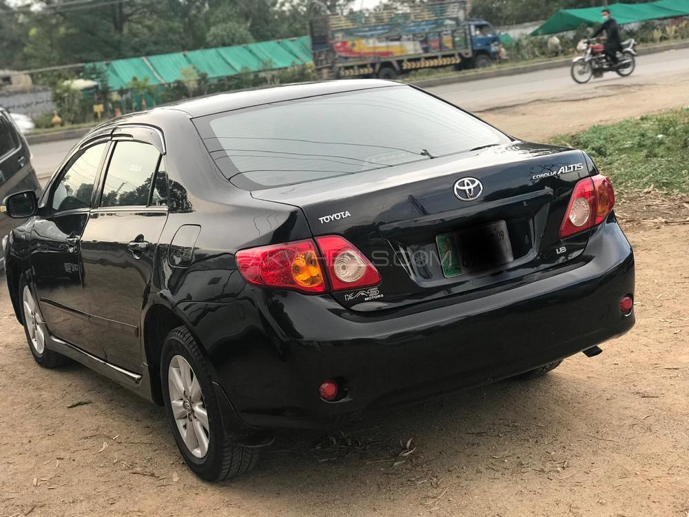 Toyota Corolla Altis SR 1.8 2009 Image-1
