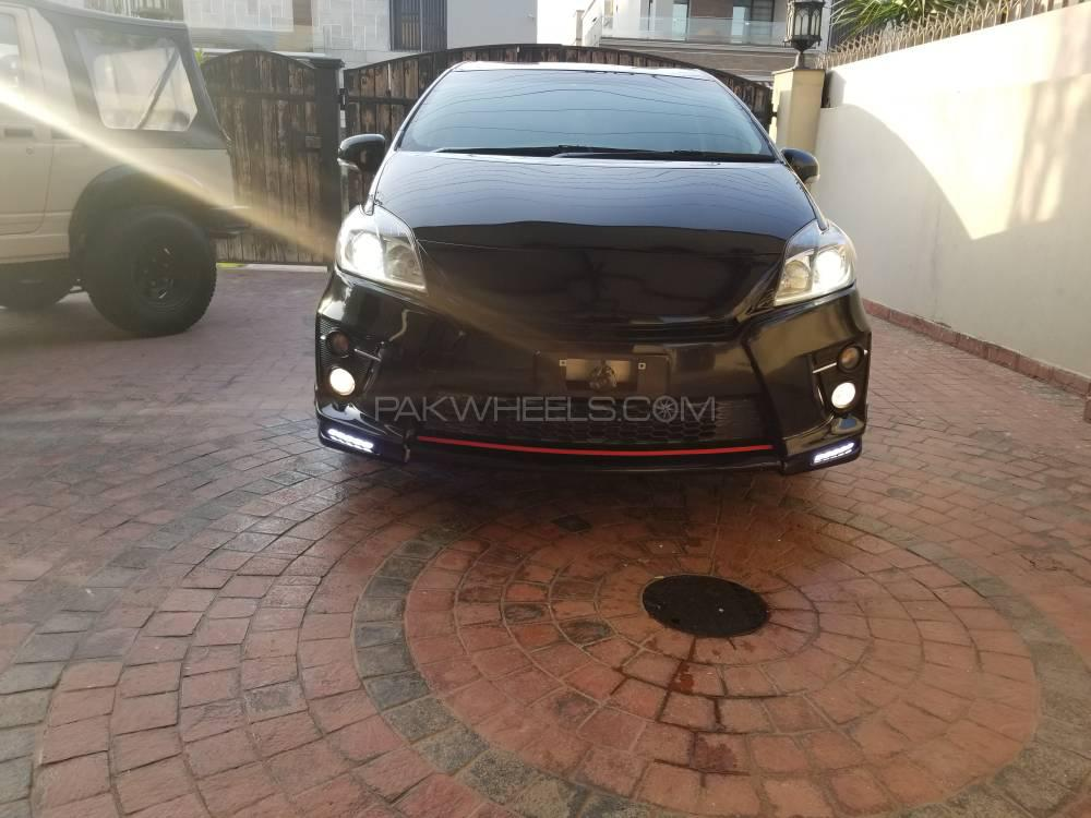 Toyota Prius S Touring Selection GS 1.8 2014 Image-1