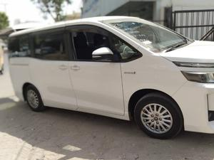Toyota Voxy Cars For Sale In Pakistan Pakwheels