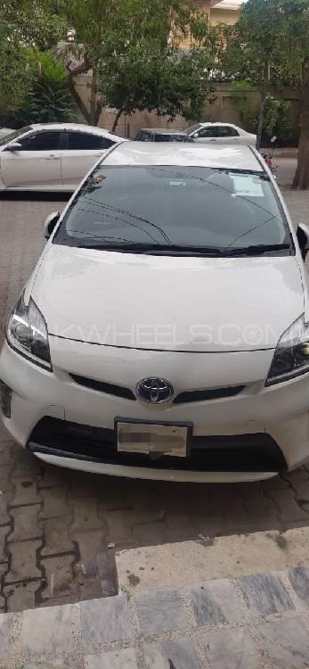 Toyota Prius 2013 Image-1